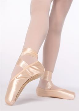 PREPARATORY POINTE SHOES. 1 STEP - EXAM ( from 9 years and up)