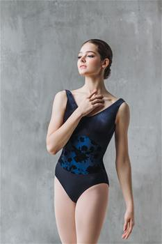 Elegant leotard with flower design