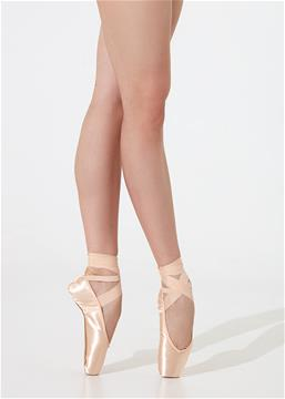 Cruelty-free pointe shoes with